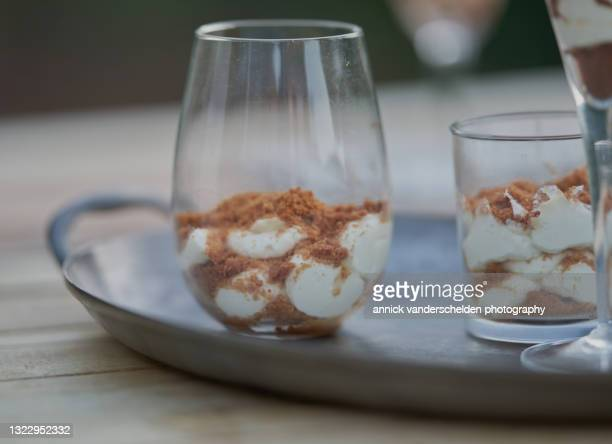 mascarpone with speculaas - annick vanderschelden stock pictures, royalty-free photos & images