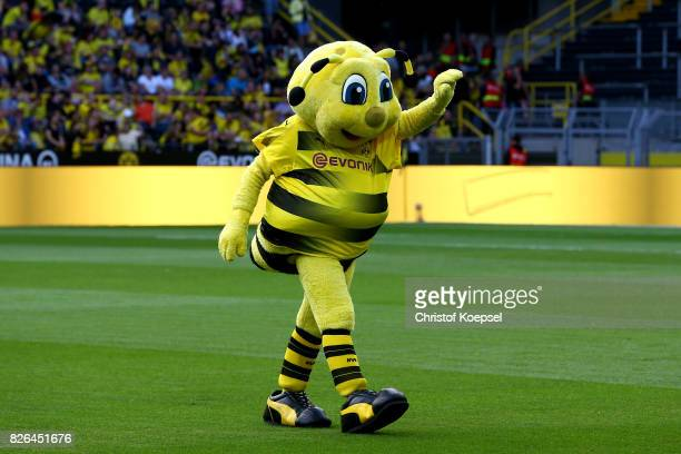 346 Dortmund Mascot Emma Photos And Premium High Res Pictures Getty Images