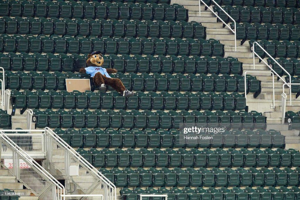 St. Louis Cardinals v Minnesota Twins : News Photo