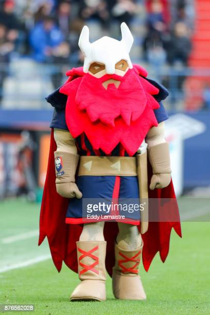 Mascot of Caen during the Ligue 1 match between SM Caen and OGC Nice at Stade Michel D'Ornano on November 19 2017 in Caen