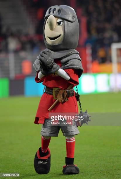 mascot Ritter Keule of 1 FC Union Berlin after the Second Bundesliga match between Union Berlin and Dynamo Dresden at Stadion An der Alten Forsterei...