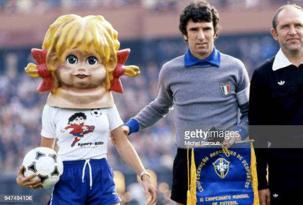 Mascot Sport Billy and Dino Zoff before the World Cup match between Brazil and Italy in Monumental Antonio Vespucio Liberti stadium on June 24th 1978