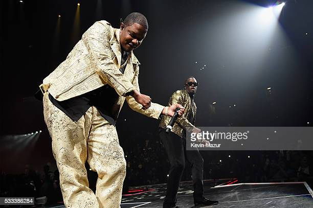 Mase and Sean Diddy Combs aka Puff Daddy perform onstage during the Puff Daddy and The Family Bad Boy Reunion Tour presented by Ciroc Vodka and Live...