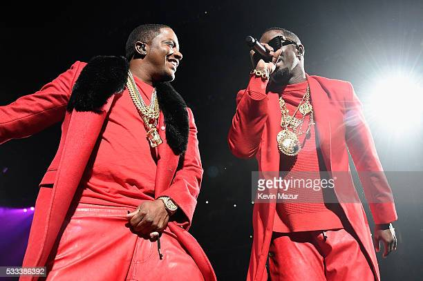 "Mase and Sean ""Diddy"" Combs aka Puff Daddy perform onstage during the Puff Daddy and The Family Bad Boy Reunion Tour presented by Ciroc Vodka and..."