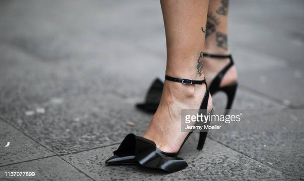 Masha Sedgwick wearing Proenza Schouler pumps with ruffles on March 19 2019 in Berlin Germany