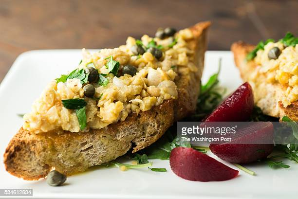 Mashed Chickpea Toasts With Parsley and Capers