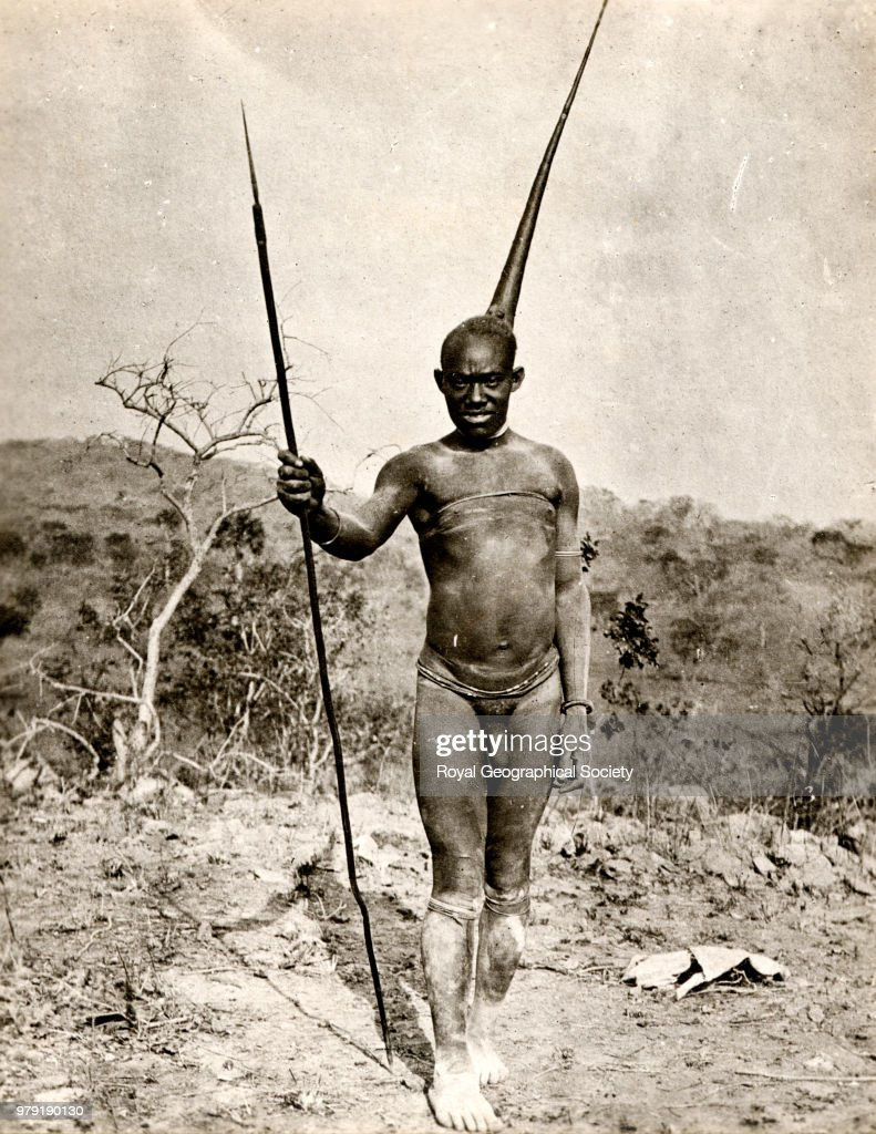 Mashukulumbwe native - Northern Rhodesia - Kafue river : News Photo