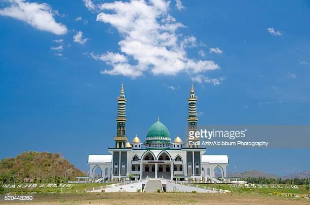 Masjid Agung Darussalam in Taliwang, West Nusa