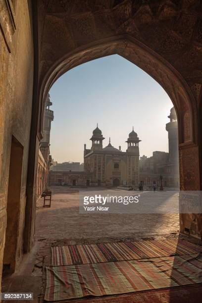 masjid wazir khan, lahore, pakistan - punjab pakistan stock photos and pictures
