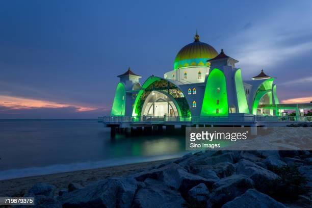MasjidSelatMelaka(MalaccaStraitsMosque)in Malaysia