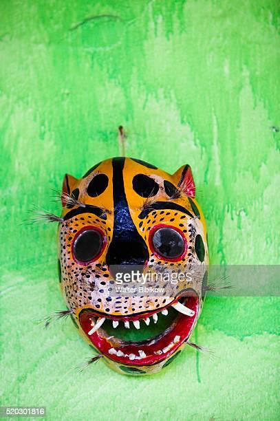mask for sale at el jumil store - ixtapa zihuatanejo fotografías e imágenes de stock