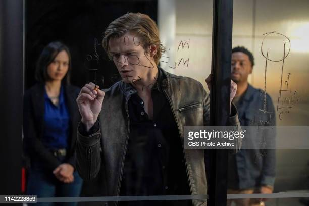 Mason Cable Choices MacGyver faces off with a cunning new adversary whose carefully crafted plans put Mac at the epicenter of an impossible choice...