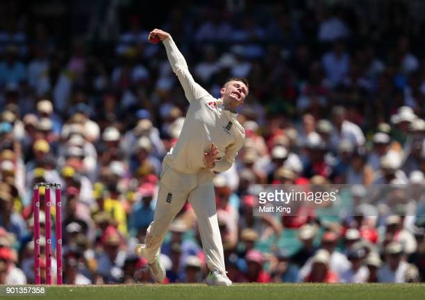 Mason Crane of England bowls during day two of the Fifth Test match in the 2017/18 Ashes Series between Australia and England at Sydney Cricket...