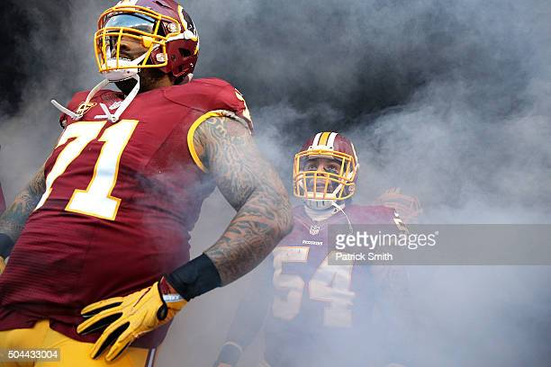 Mason Foster of the Washington Redskins waits to take the field before playing the Green Bay Packers at FedExField on January 10, 2016 in Landover,...