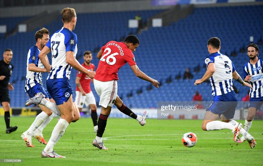 Brighton & Hove Albion v Manchester United - Premier League : News Photo