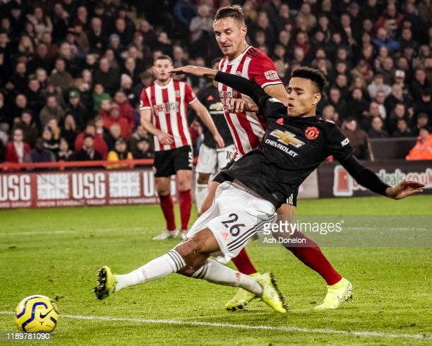 Mason Greenwood of Manchester United scores their second goal during the Premier League match between Sheffield United and Manchester United at...