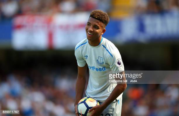 Mason Holgate of Everton during the Premier League match between Chelsea and Everton at Stamford Bridge on August 27 2017 in London England