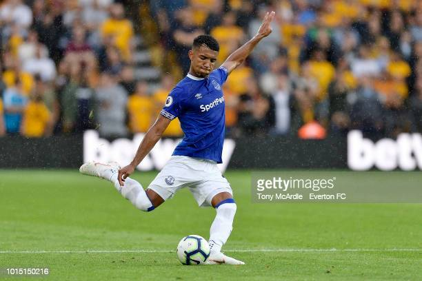 Mason Holgate of Everton during the Premier League match between Wolverhampton Wanderers and Everton FC at Molineux on August 11 2018 in...