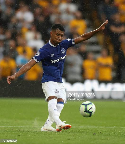 Mason Holgate of Everton passes the ball during the Premier League match between Wolverhampton Wanderers and Everton FC at Molineux on August 11 2018...