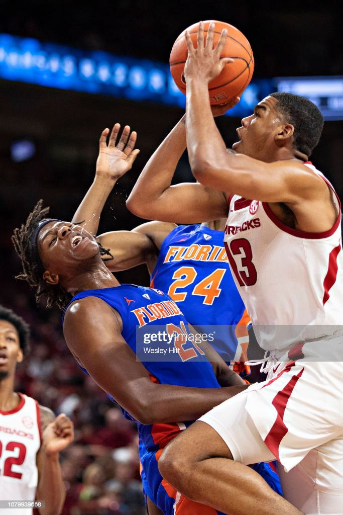 Florida v Arkansas : News Photo