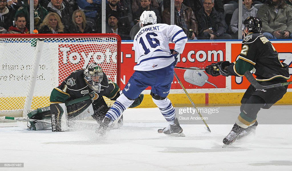 Mason Marchment #16 of the Mississauga Steelheads breaks in for a scoring attempt on Tyler Parsons #1 of the London Knights during an OHL game at Budweiser Gardens on January 16,2016 in London, Ontario, Canada. The Knights defeated the Steelheads 5-0.