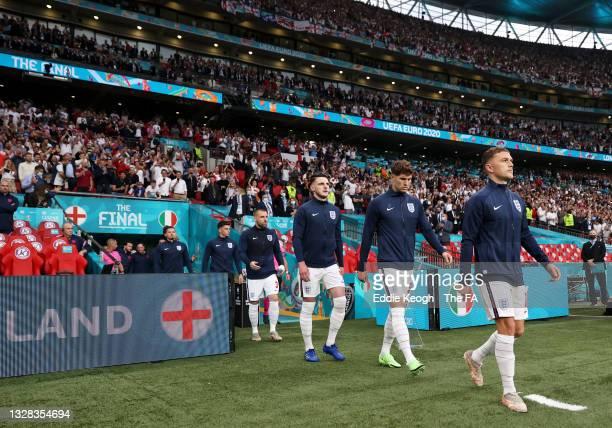 Mason Mount, Luke Shaw, Declan Rice, John Stones and Kieran Trippier of England make their way towards the pitch prior to the UEFA Euro 2020...