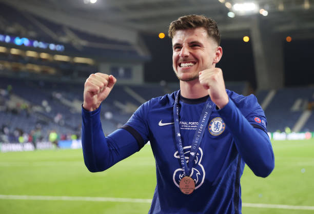 Mason Mount of Chelsea celebrates winning the Champions League following the UEFA Champions League Final between Manchester City and Chelsea FC at...