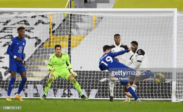 Mason Mount of Chelsea scores their side's first goal during the Premier League match between Fulham and Chelsea at Craven Cottage on January 16,...