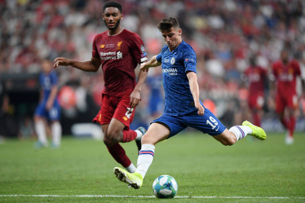 SUPER COUPE EUROPE UEFA 2019 Mason-mount-of-chelsea-shoots-but-is-called-offisde-during-the-uefa-picture-id1168054219?k=6&m=1168054219&s=612x612&w=0&h=xtYiM8NVpmU6umLKdkv8AUCQU-az_m3ubEVPB5KIb28=