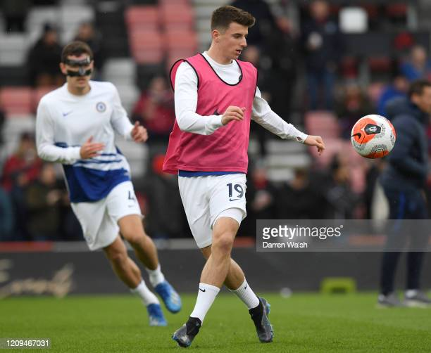 Mason Mount of Chelsea warms up prior to the Premier League match between AFC Bournemouth and Chelsea FC at Vitality Stadium on February 29 2020 in...