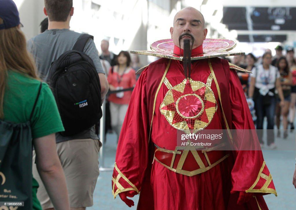 US-Entertainment-COMICON  sc 1 st  Getty Images : flash gordon movie costumes  - Germanpascual.Com