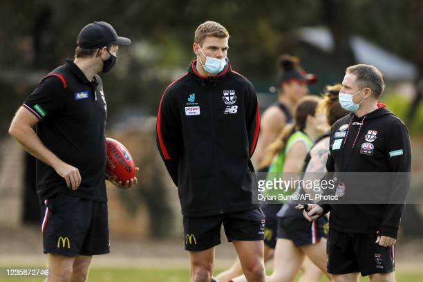 Mason Wood, Conditioning and fitness of the Saints looks on during the St Kilda training session at RSEA Park on October 14, 2021 in Melbourne,...