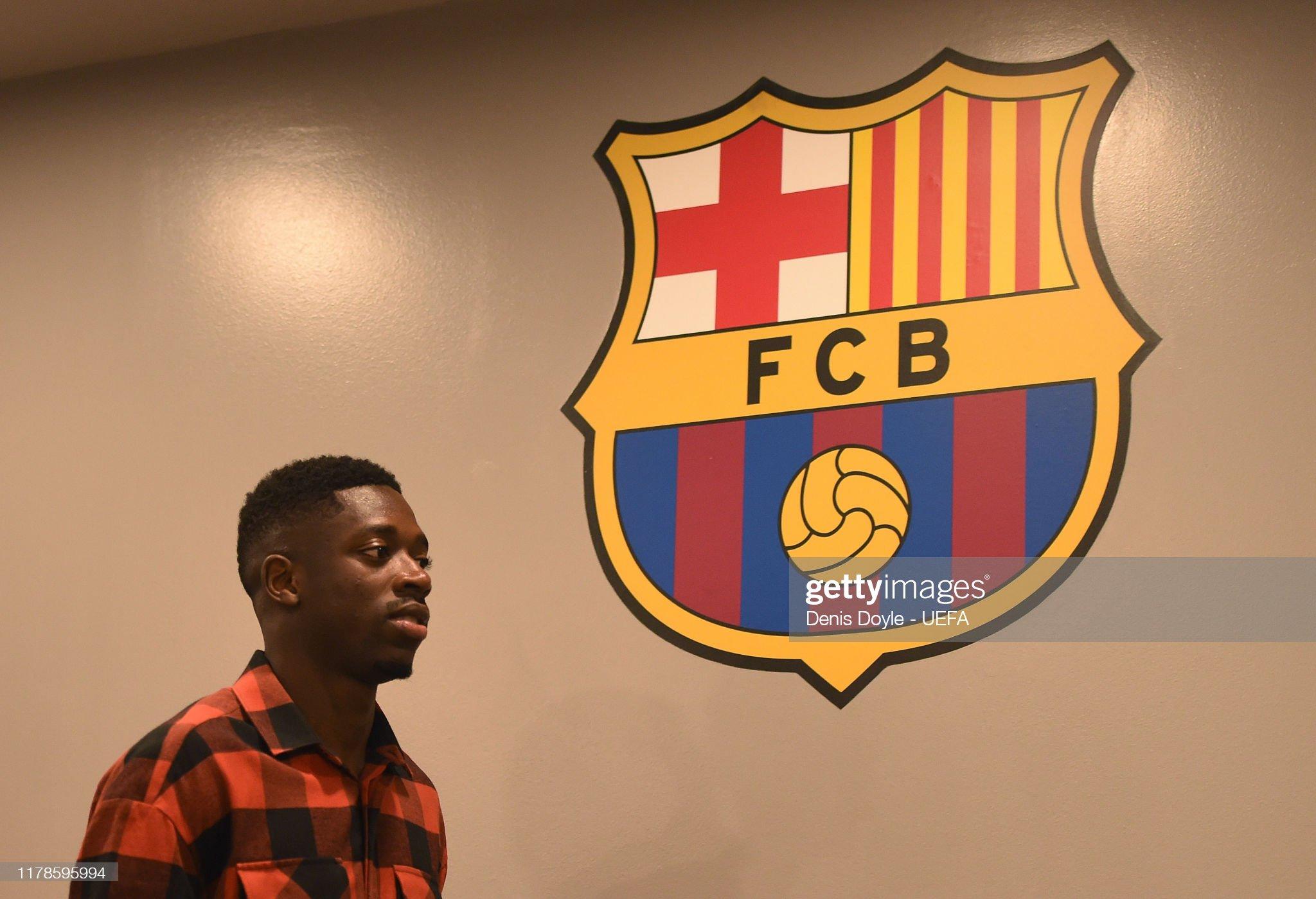 صور مباراة : برشلونة - إنتر 2-1 ( 02-10-2019 )  Masour-dembele-of-fc-barcelona-arrives-for-the-uefa-champions-league-picture-id1178595994?s=2048x2048