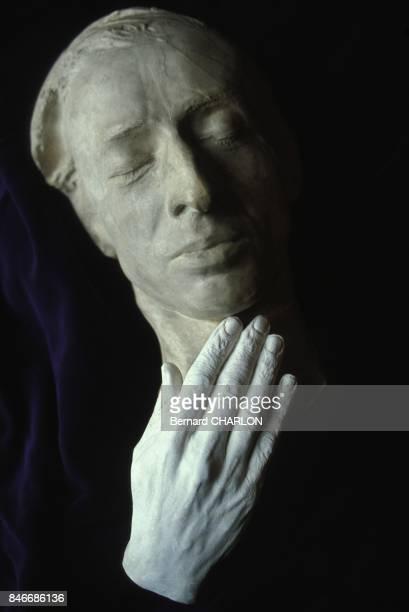 Masque mortuaire de Frederic Chopin le 5 mai 1982 en France