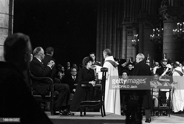 Mass At Notre Dame De Paris For The Funeral Of General De Gaulle 12 Novembre 1970 Messe à Notre Dame de Paris pour la mort du général de Gaulle Les...