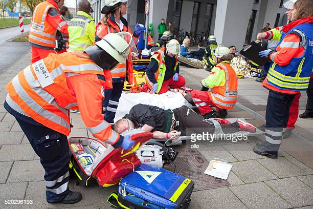 mass casualty drill - evacuation stock pictures, royalty-free photos & images