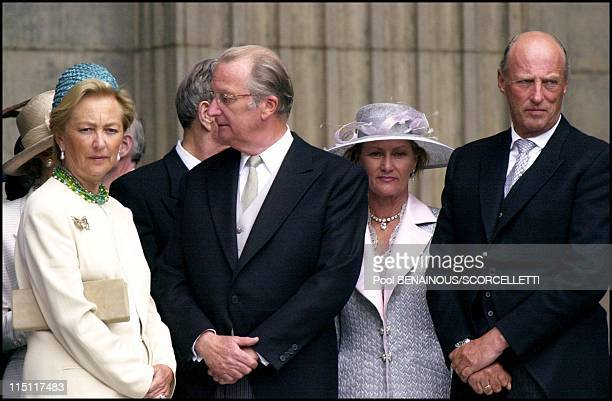 Mass celebrated at St Paul's cathedral in honour of the 100th birthday of Queen Mother in London United Kingdom on July 11 2000 Queen Paola King...