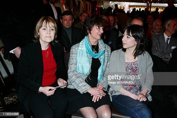 Mass For The 10Th Anniversary Of Yves Mourousi'S Death At The Foire Du Trone In Paris, France On April 07, 2008 - Marie-Laure Augry, Cathy, Sophie...