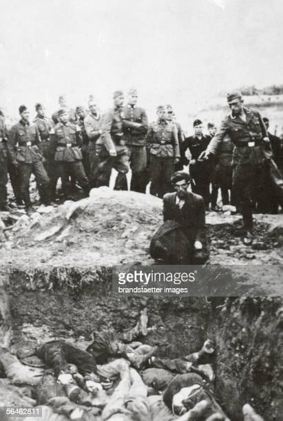 Mass shooting by the German Wehrmacht at the Ukraine Photography Around 1941 [Massenerschiessungen durch die Deutsche Wehrmacht in der Ukraine...