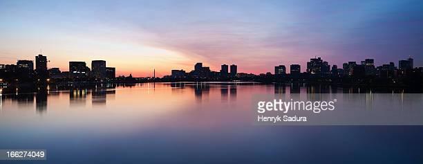 USA, Massachusetts, Boston, Silhouette of city at dusk