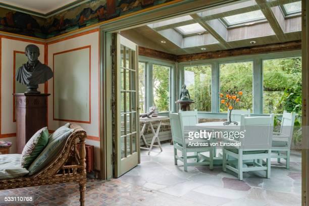 Massachusetts home of antiques dealer Andrew Spindler-Roesle