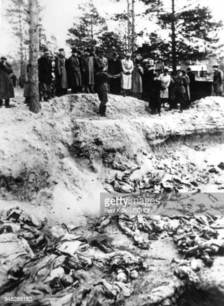 Massacre de Katyn perpétré par la police politique de l'URSS sur des milliers de Polonais au printemps 1940 en Russie