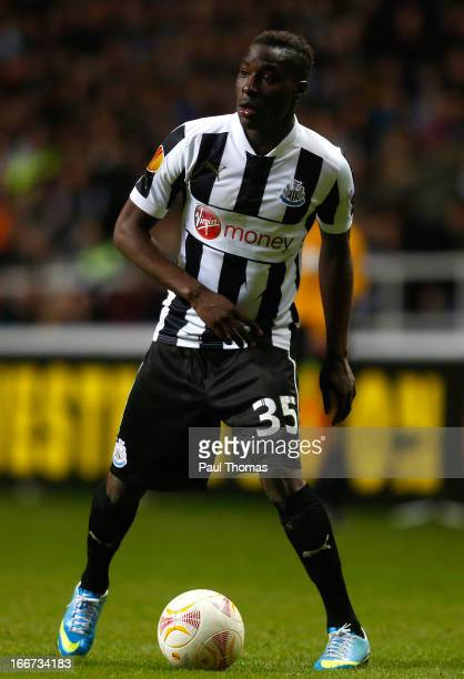 Massadio Haidara of Newcastle in action during the UEFA Europa League quarter final second leg match between Newcastle United and SL Benfica at St...
