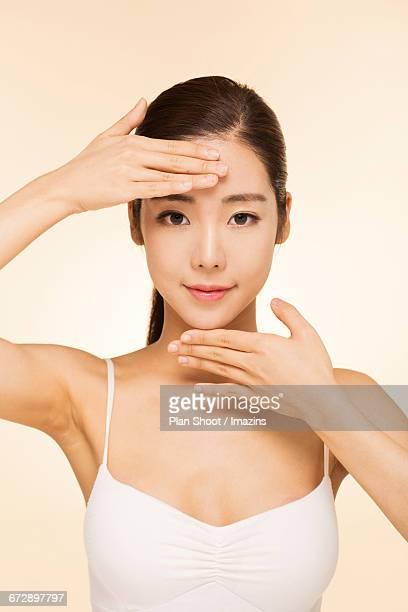 Massage womans face