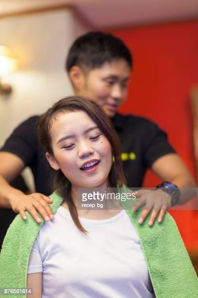 Massagegerät und Patienten