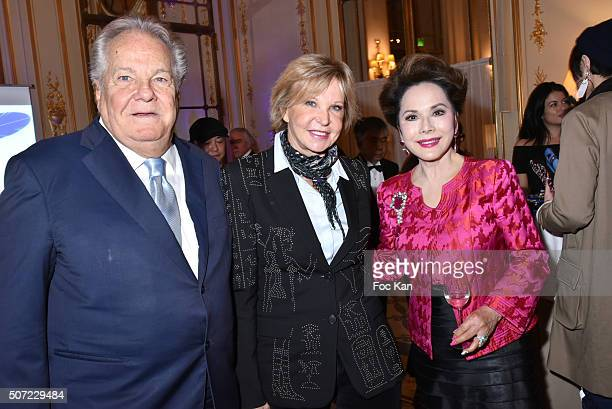 Massimo Gargia Marie Christiane MarekÊand Dewi Sukarno attend the Nobuku Ishikawa Jewellery Exhibition Cocktail at Le Meurice as part of Paris...