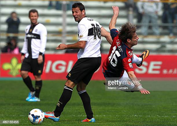 Massimo Gobbi of Parma FC competes with Emanuele Calaio of Genoa CFC during the Serie A match between Parma FC and Genoa CFC at Stadio Ennio Tardini...