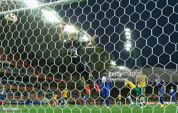 Massimo Luongo of Australia heads the ball through for a goal during the 2015 Asian Cup match between the Australian Socceroos and Kuwait at AAMI...