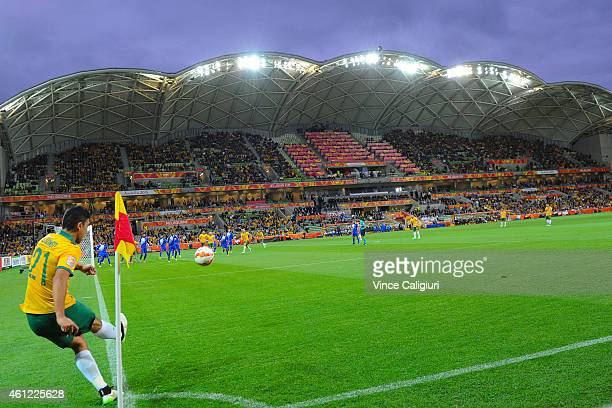 Massimo Luongo of Australia takes a corner kick during the 2015 Asian Cup match between the Australian Socceroos and Kuwait at AAMI Park on January...