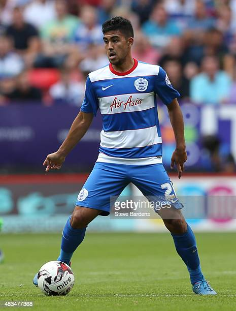 Massimo Luongo of Queens Park Rangers in action during the Sky Bet Championship match between Charlton Athletic v Queens Park Rangers at The Valley...